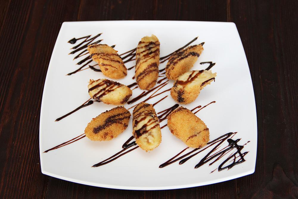Бананы в сухарях под шоколадом