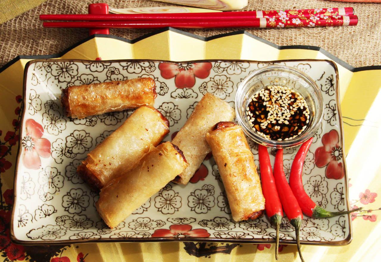 Спринг-роллы со свининой и овощами (5 шт)